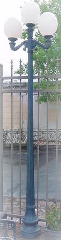 cast aluminum tall st charles lamp post